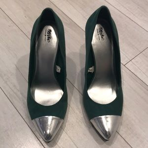Mossimo shoes w/ 3in heels green/silver tip